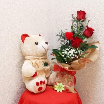 Ursinho Nici e bouquet