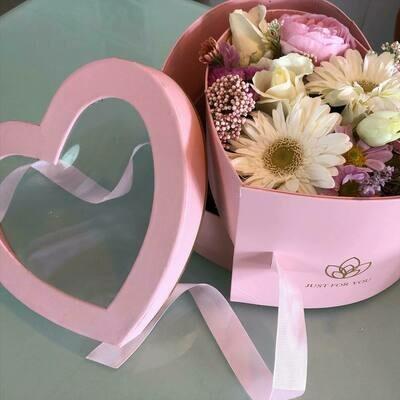 Caixa coração rosa com gaveta