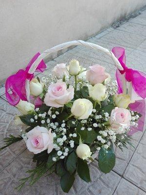 Cesta com rosas