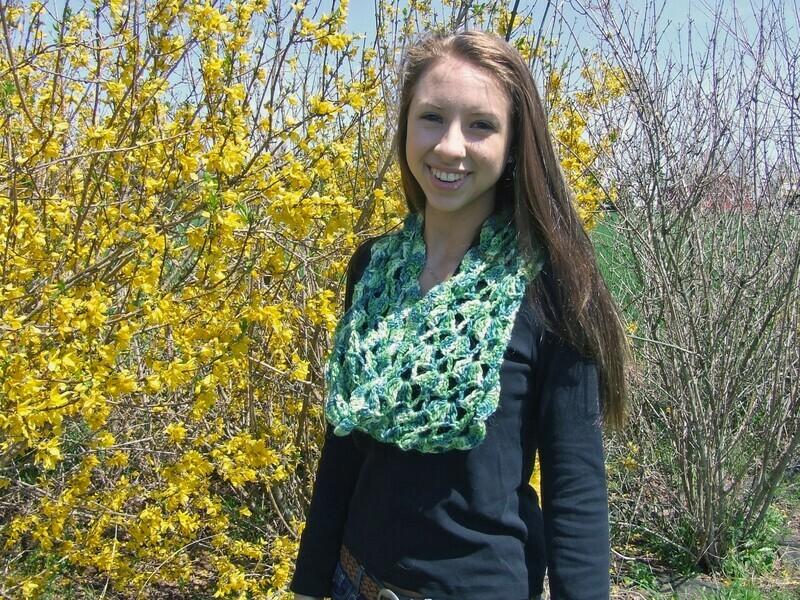 Non-Stop Cowl - Crochet Pattern