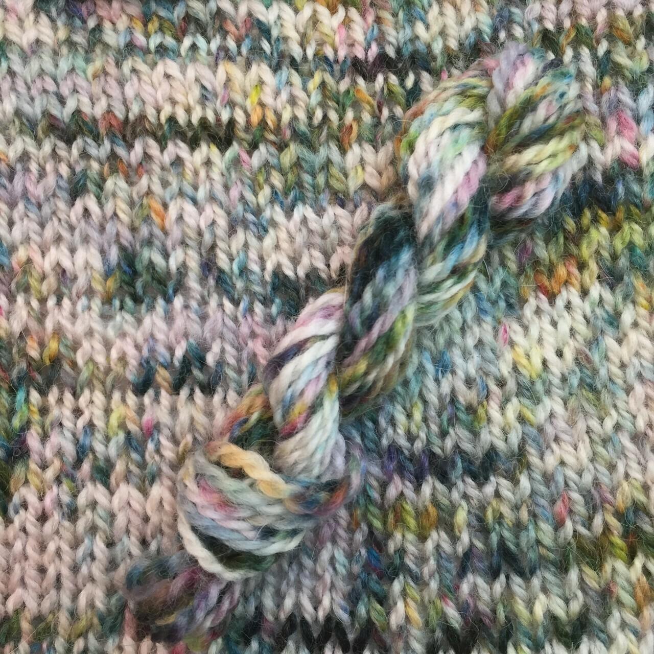 Symmetry Yarn - Wallflower