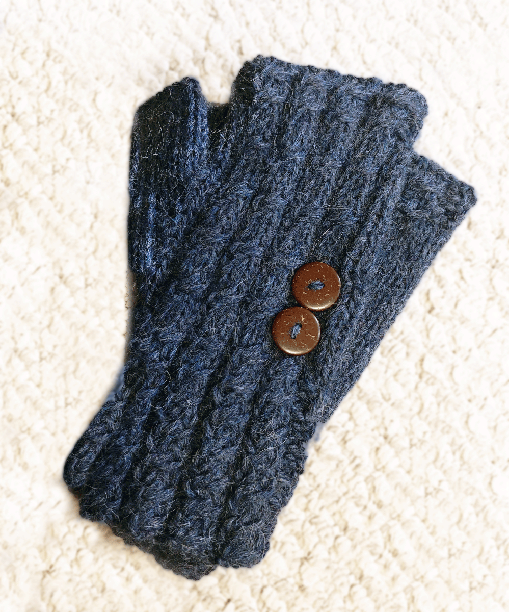 Cable Knit Button Gauntlet