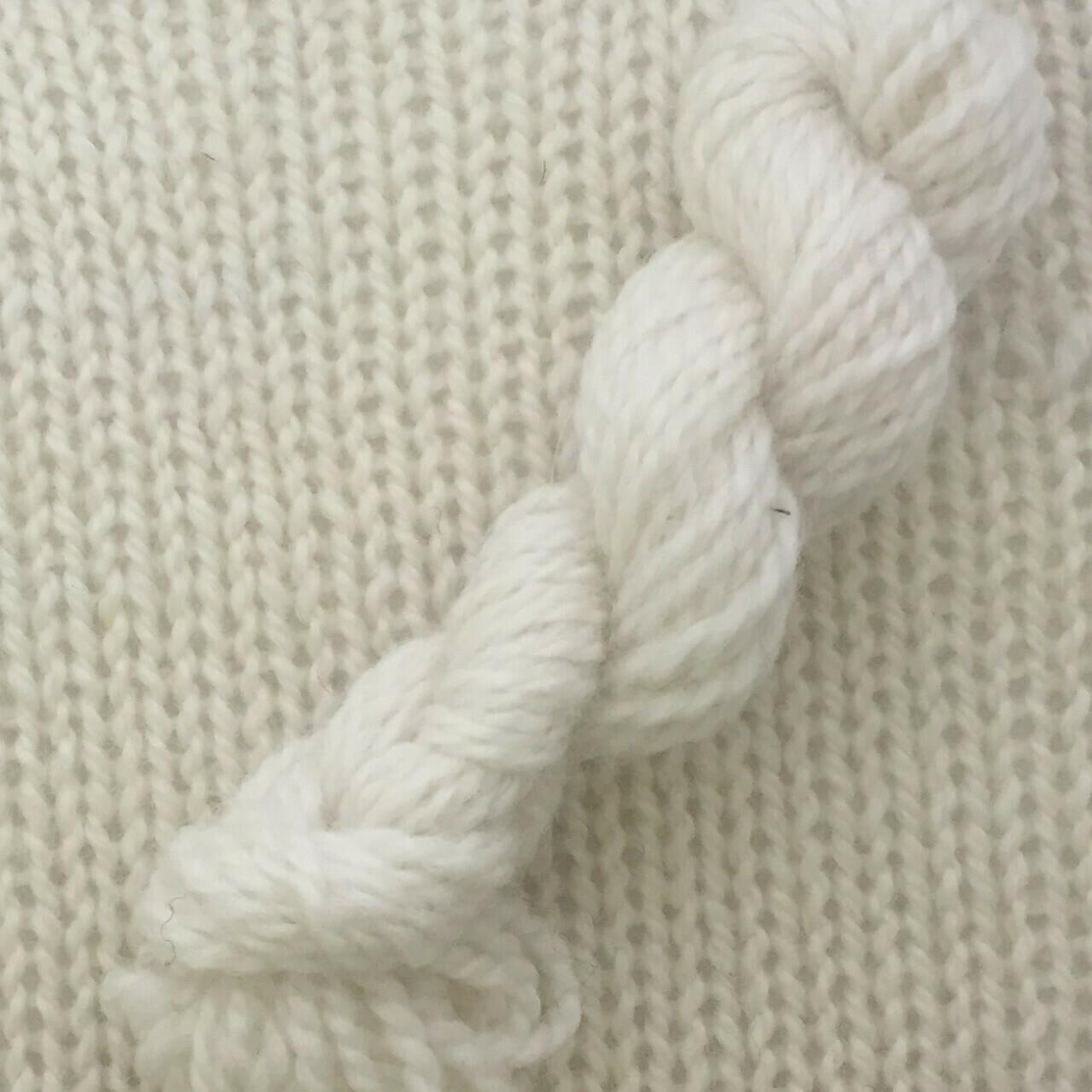Symmetry Yarn - Chantilly Lace
