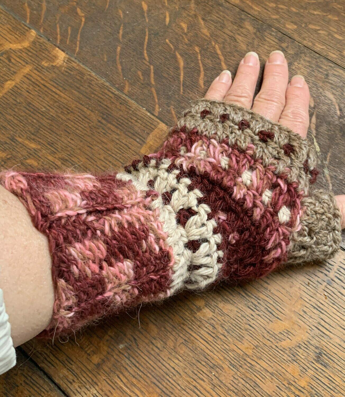 Rosewood Alpaca Fingerless Gloves