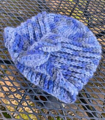 Ribbed Cable Cloche Hat