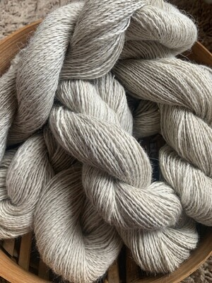 Suri Alpaca Yarn - Parchment