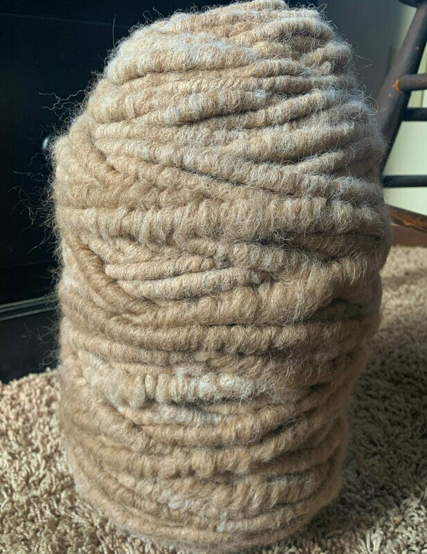 Alpaca Rug Yarn - Tan