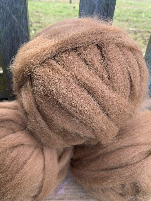 Alpaca Roving - Medium Fawn