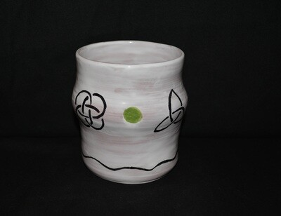Large White Tumbler with Various Knots Artwork