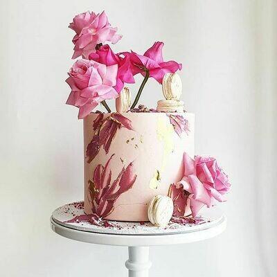 Full Buttercream Cake + Texture + Roses