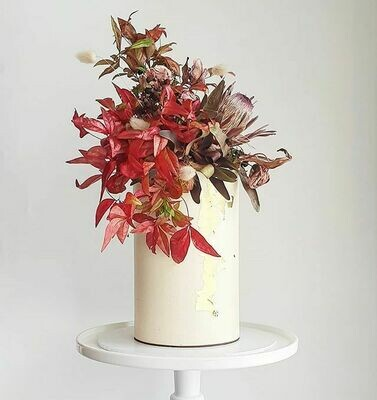 Full Buttercream Cake + Large Dried Floral Top