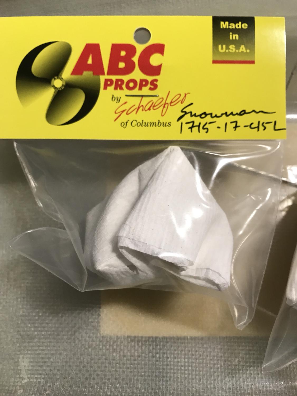 ABC 1715 17 45 L Snowman prepped Propellers