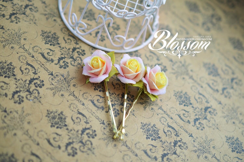 Peach rose bobby pin