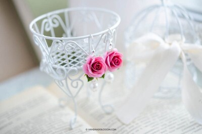 Pink rose dangle earrings, Flower jewelry, Shabby chic accessories
