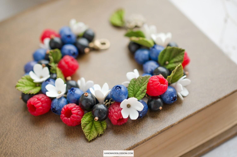 Forest berries bracelet, Rustic wedding gift