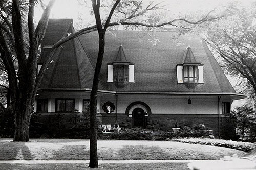 West Side Stories, River Forest Walking Tour