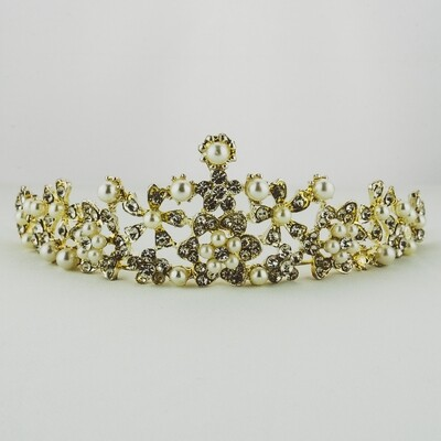 Aged Silver and Pearl Crown - DAMAGED