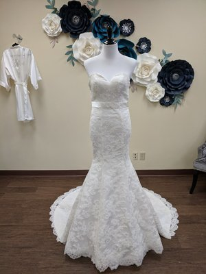 Mermaid Strapless with Delicate Detail  Size 2- OFF THE RACK ONLY