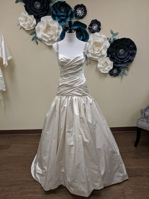 Kenneth Pool Gown Size 8