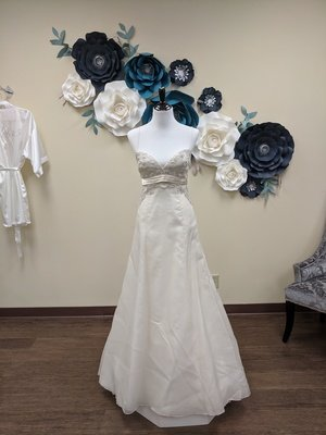 Amsale Gown Size 8