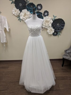 Floating Appliques A-Line Size 6 - OFF THE RACK ONLY