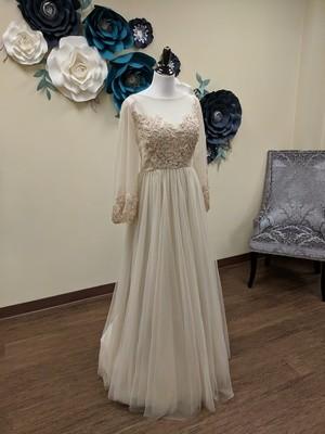 Boho Long Sleeve Gown Sample Size 16
