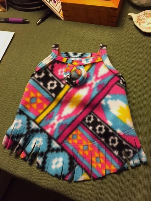 Peek-A-Boo Vest - Fleecy Fringe