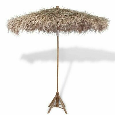 Parasol en bambou avec toit en feuille de bananier