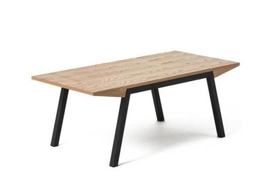 Table basse scandinave massive et épurée