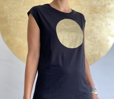 BE GOLDEN by The Lovers, Sleeveless T-shirt schwarz / Druck gold