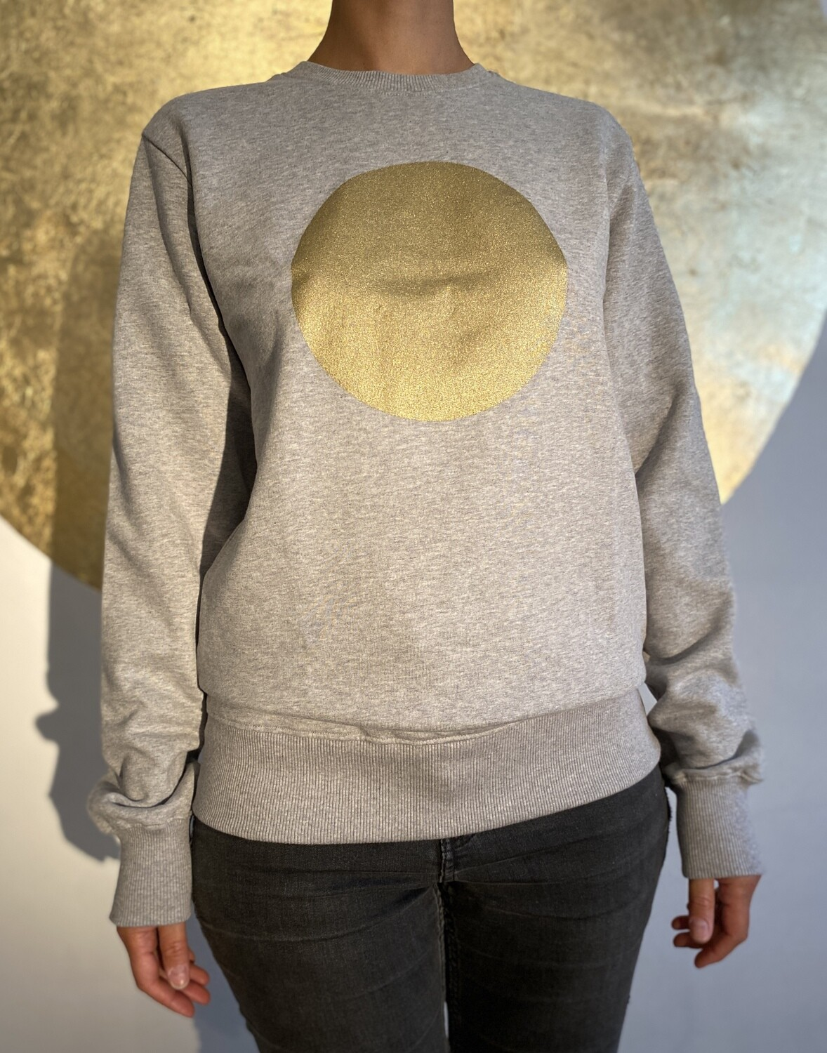 BE GOLDEN by The Lovers, Sweater - grau / Druck gold