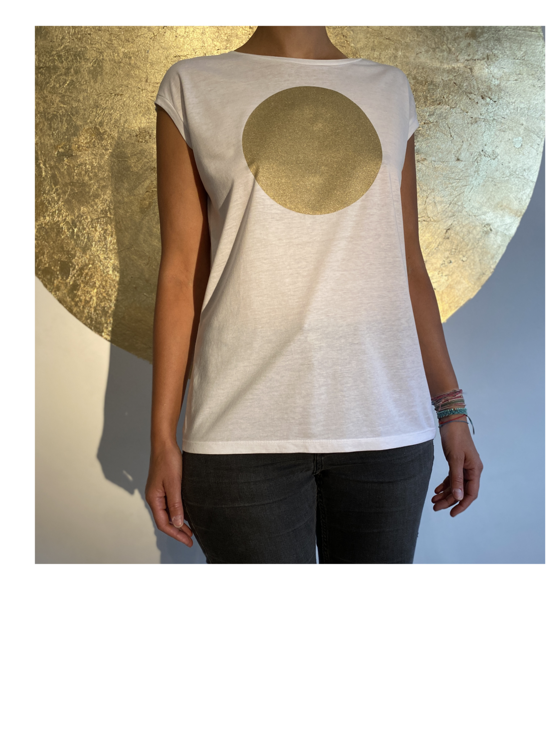 BE GOLDEN by The Lovers, Sleeveless T-shirt - weiß / Druck gold