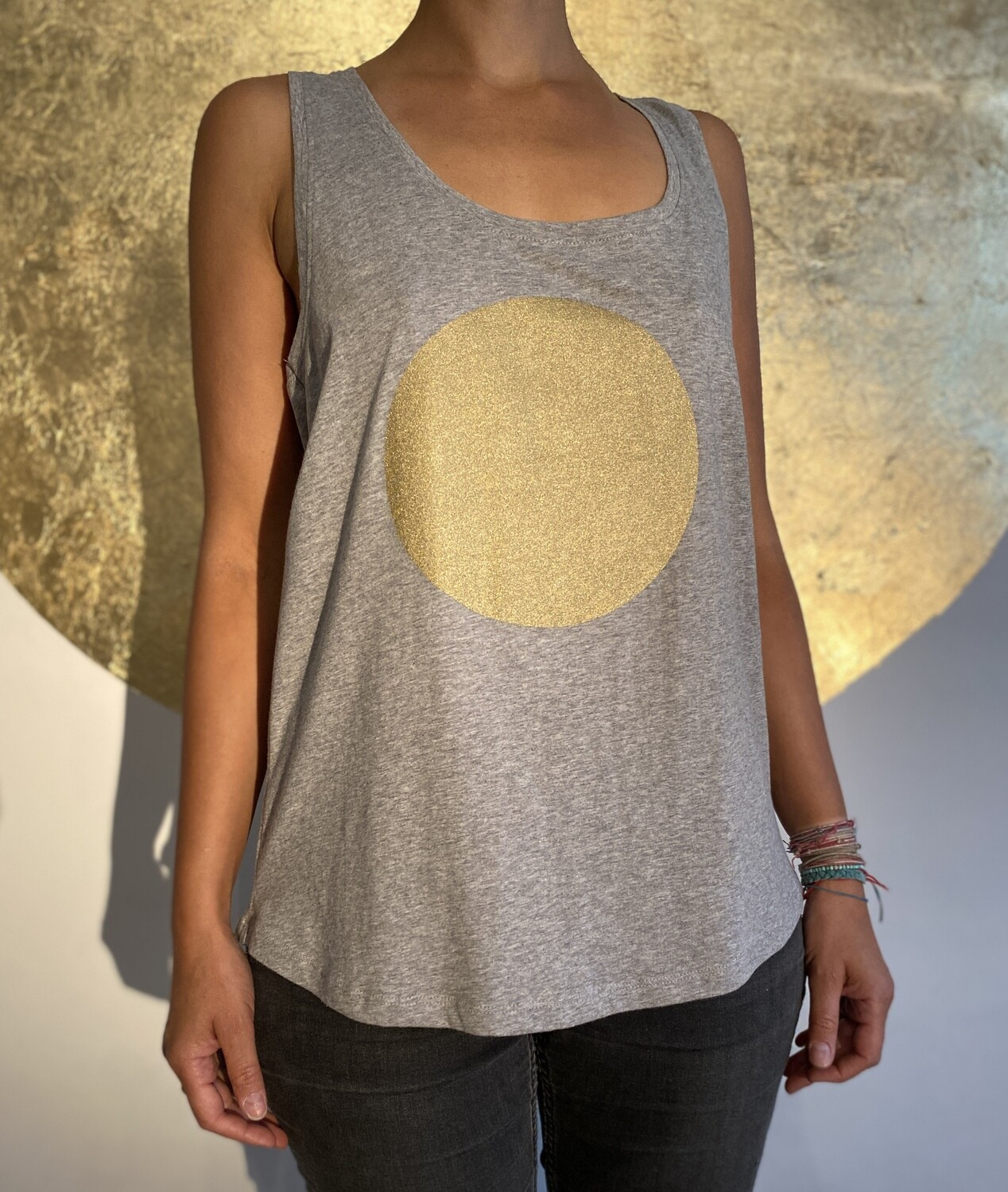 BE GOLDEN by The Lovers, Tanktop - grau / Druck gold