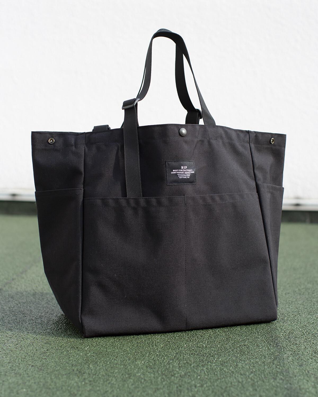 BIP CARRY-ALL BEACH BAG IN BLACK