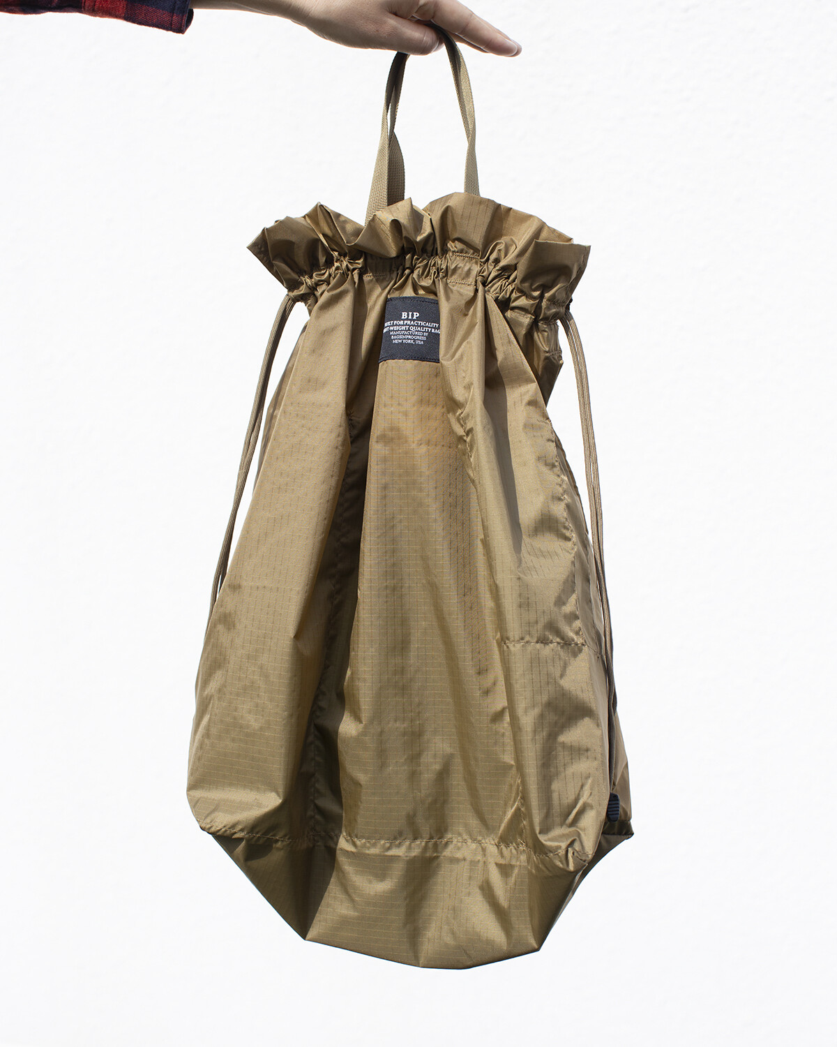 BIP BALLOON TOTE IN BEIGE
