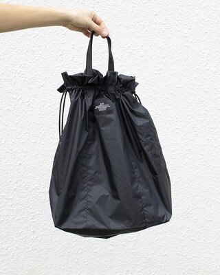 BIP BALLOON TOTE IN BLACK