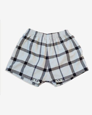 W'menswear Mess Shorts in Check