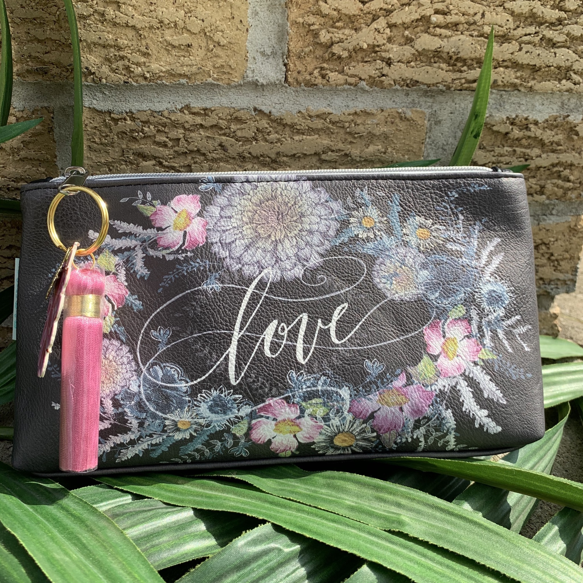 Love In Black Small Tassel Pouch UPHB0001-LIBSTP