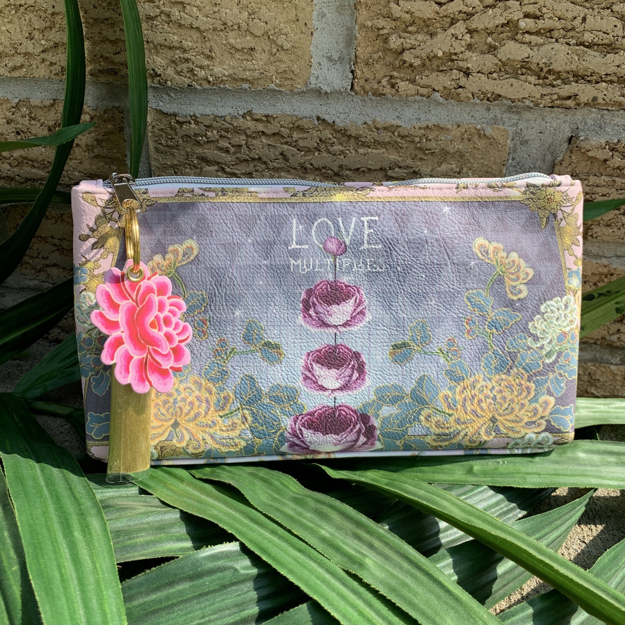 Love Multiplies Small Tassel Pouch UPHB0001-LMSTP