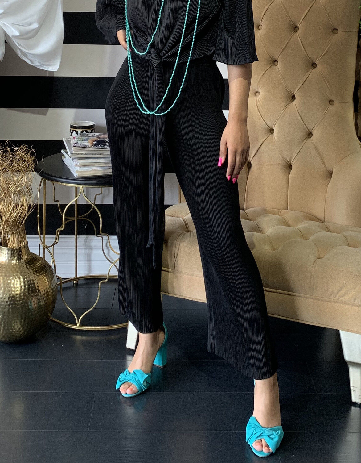 Grace Pleated Cropped Pants