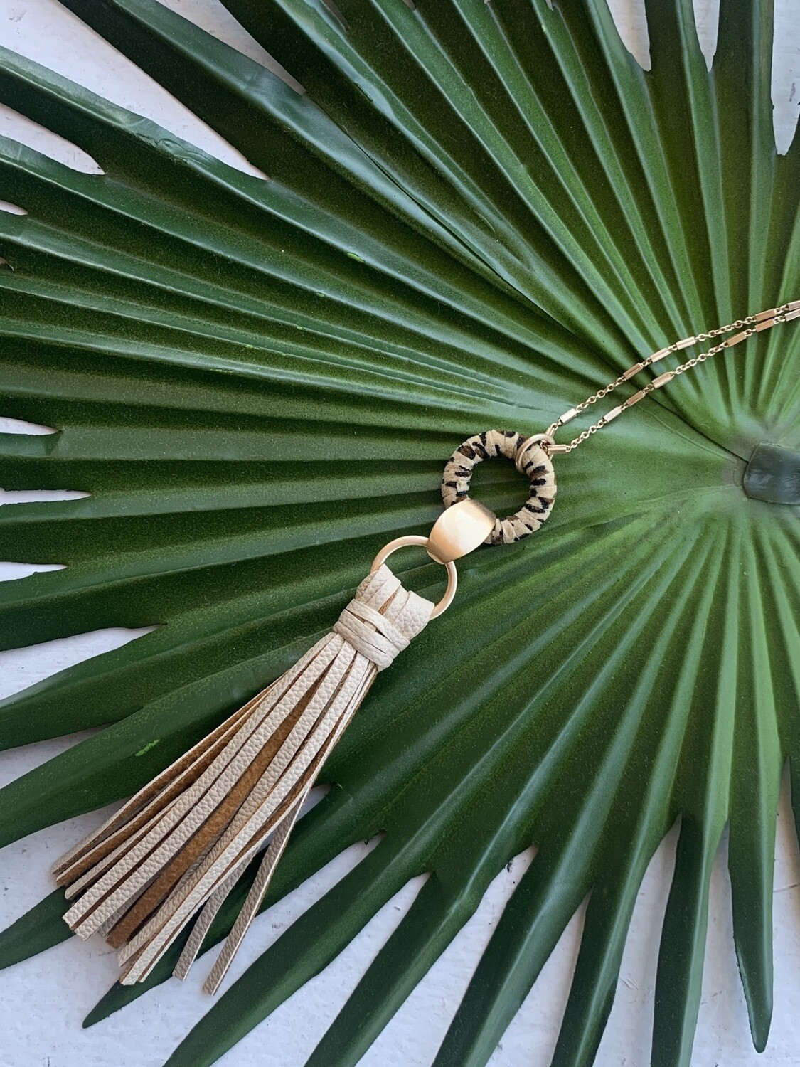 Toro Tassel Necklace-Cream