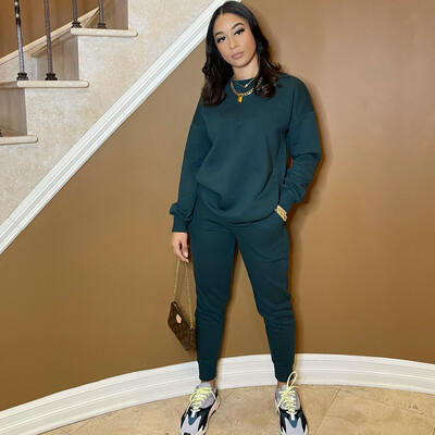 Be Cozy Two Piece Jogger Set-Hunter Green