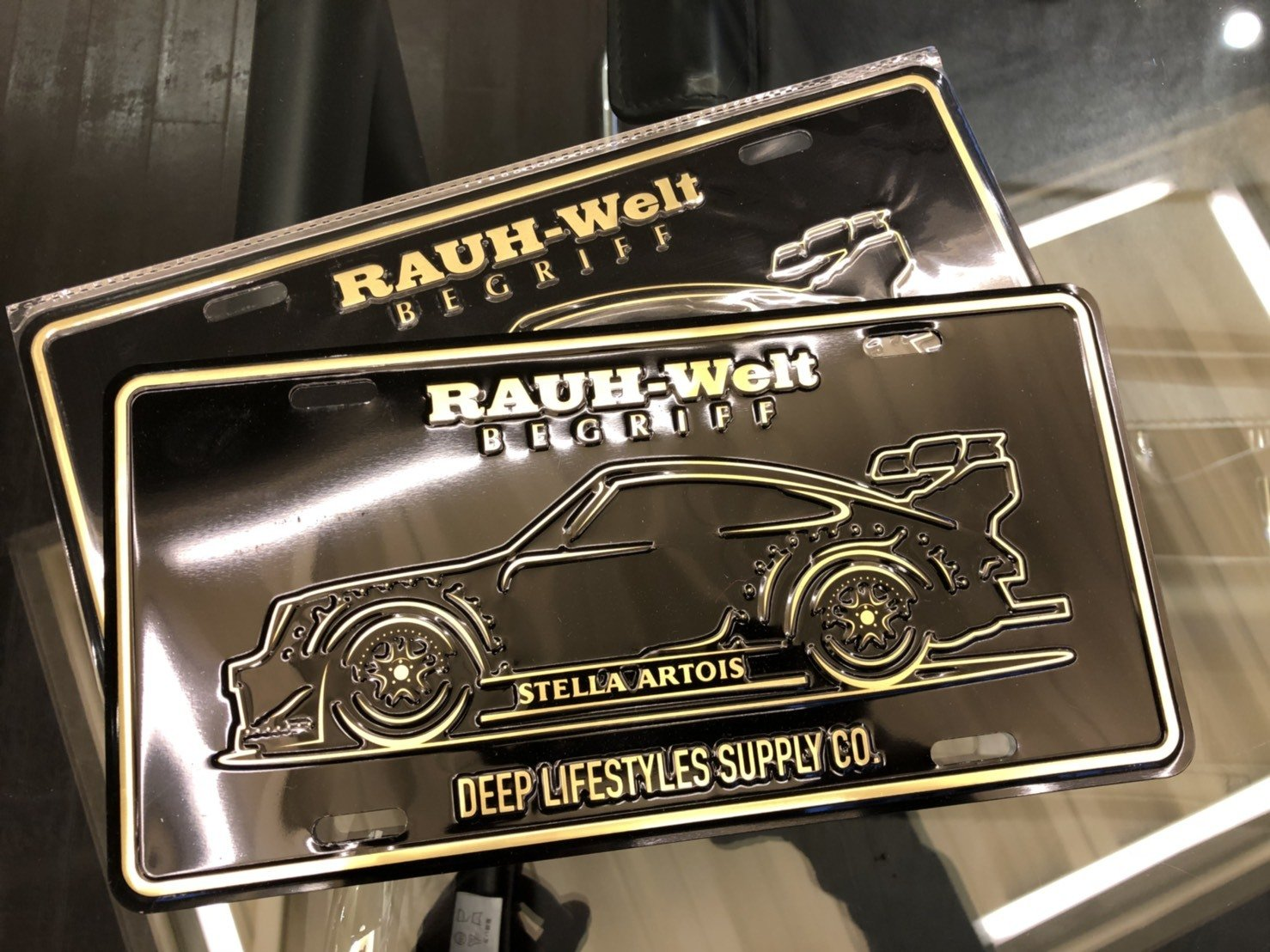 DEEP×RWB Stella License Plate