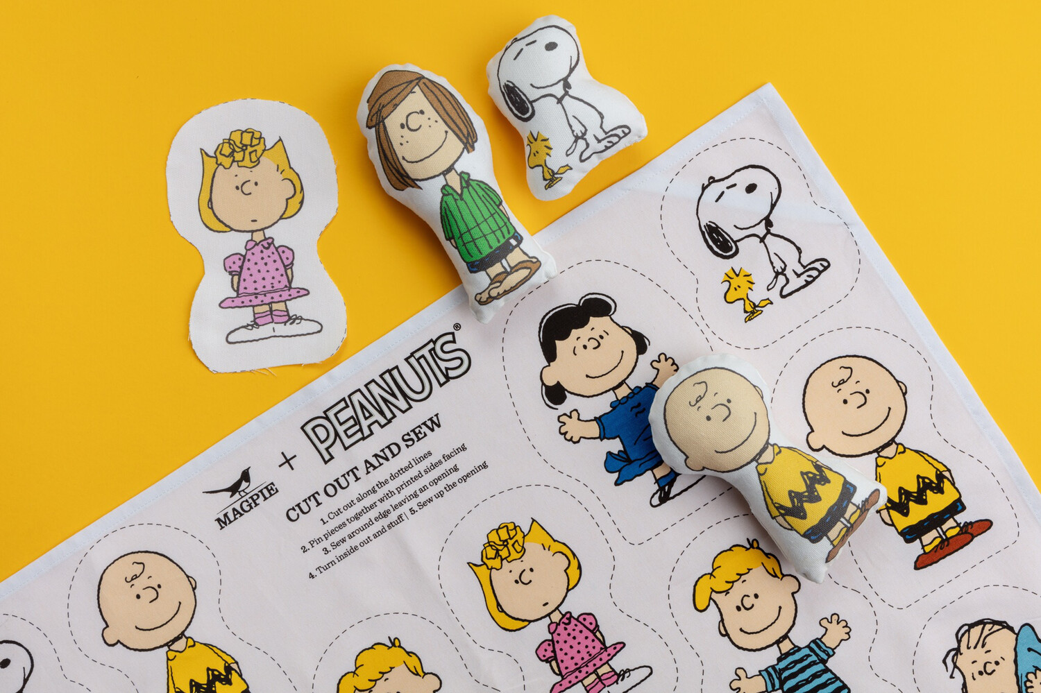 Snoopy Cut & Sew 'the Gang'