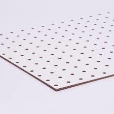 Cartón Piedra Perforado