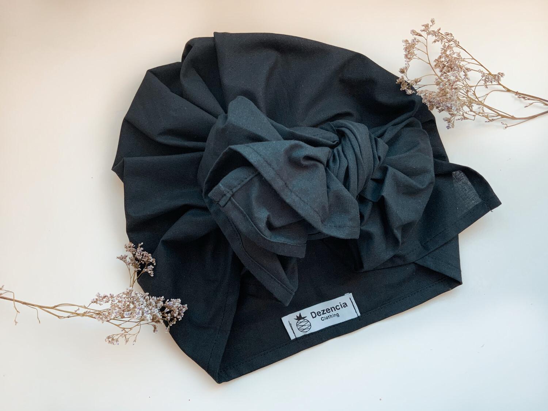 Turbante Cubierto Negro