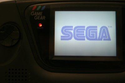 Sega Game Gear Repair - Full Capacitor Replacement (Recap)
