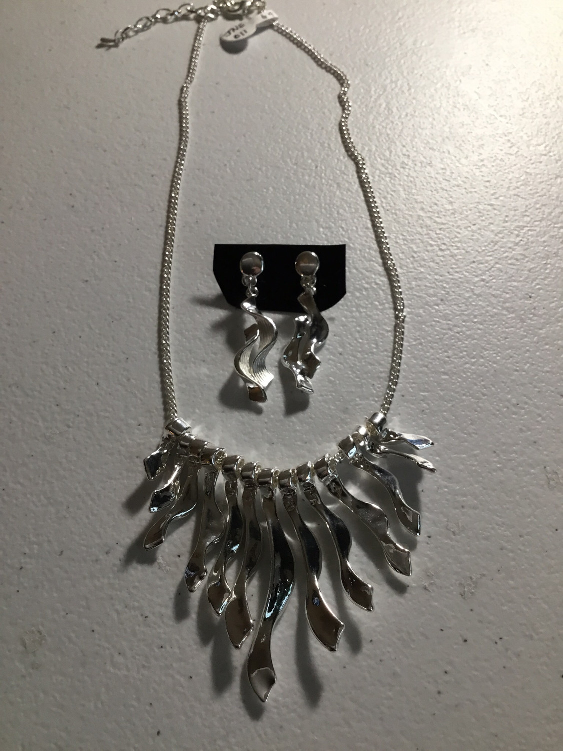 Silver Color Wave Necklace Set