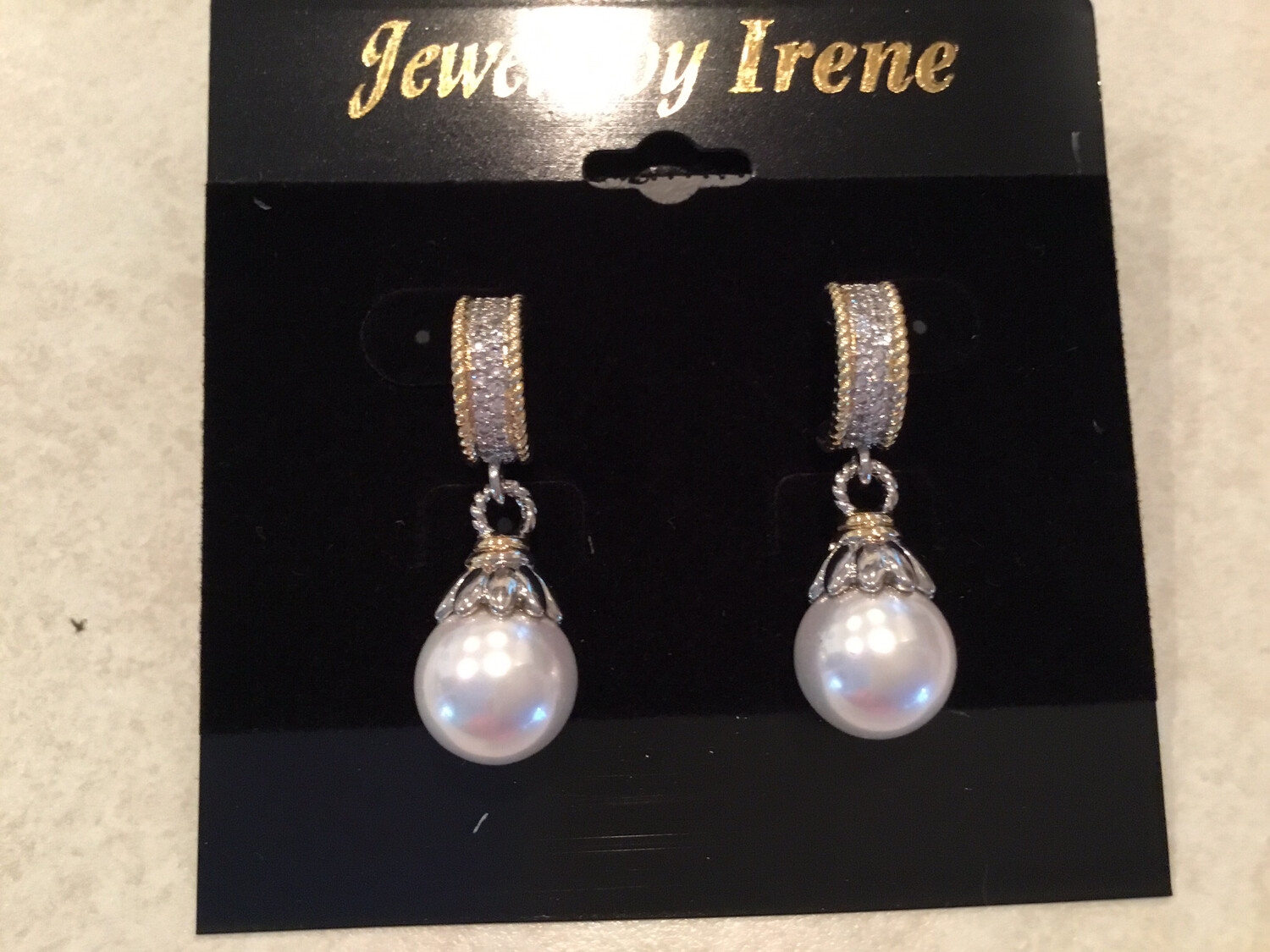 Beautiful Pearls With Pave Gold Loop