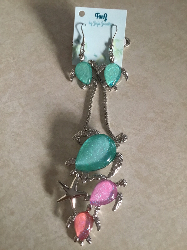 Ocean Blue And Pink Family Turtle Group Necklace And Earring Set